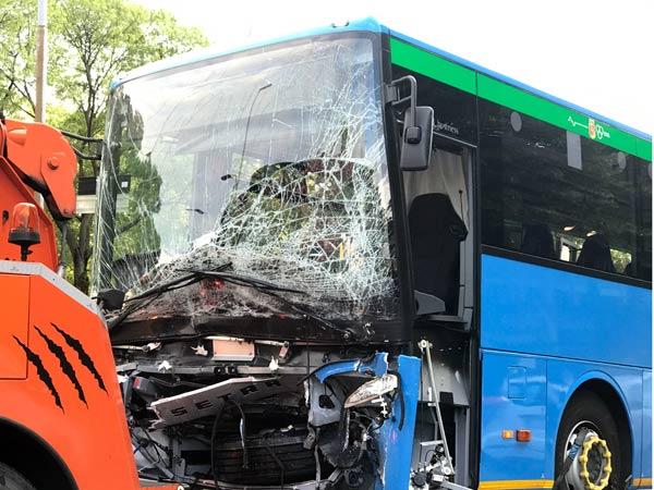 Demolizione-autobus-piacenza-fiorenzuola-d-arda