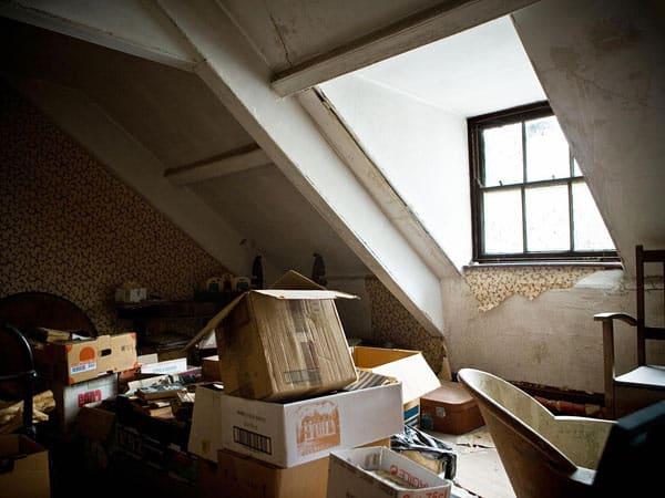 Ritiro-mobili-da-appartamenti-fidenza